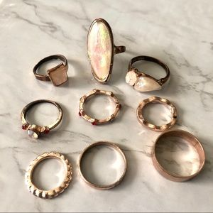 Assorted gold ring set